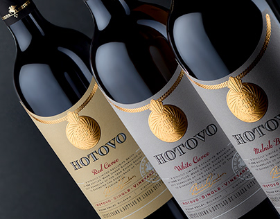 Hotovo Premium Wine Brand by the Labelmaker