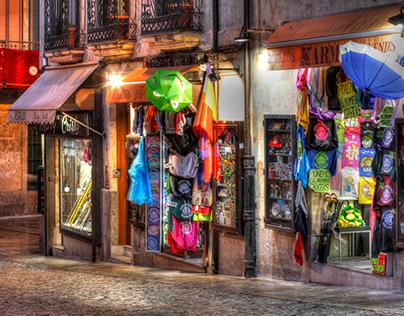 Souvenirladen bei Abenddämmerung, Salamanca, Castilla y