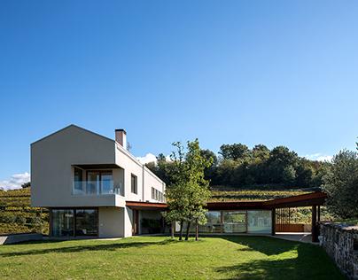 SK House and Farm
