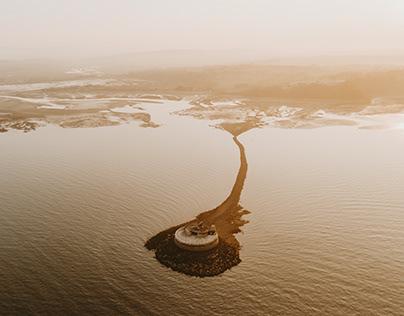 • St Helens Fort at low tide•