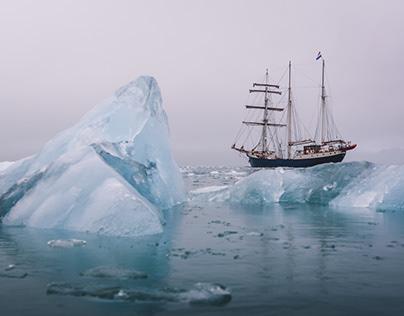AMONG THE ARCTIC ICE – Svalbard