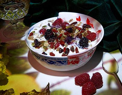 Bowl de muesli au fromage blanc & fruits rouges