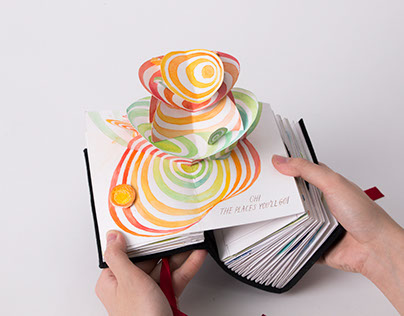 Re-Illustrated Pop-up book : Dr.Seuss