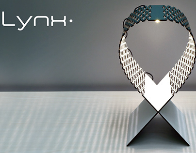 LYNX wooden lasercut flexible lamp