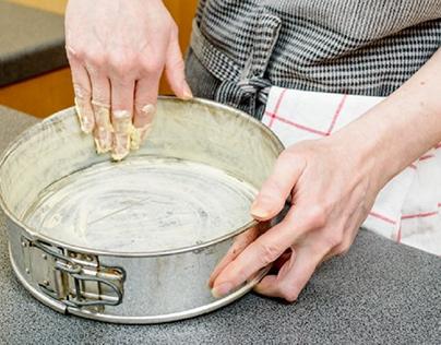 Use shiny pans to bake chocolate cake rather .