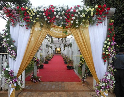 Use Flowers to Beautify Your Wedding Ceremony