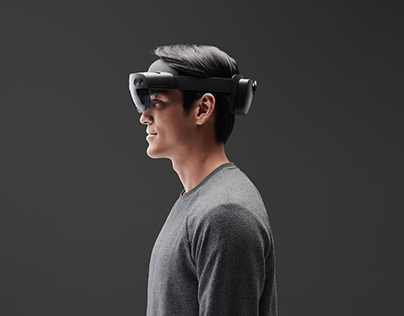 Designing a Mixed Reality immersive experience