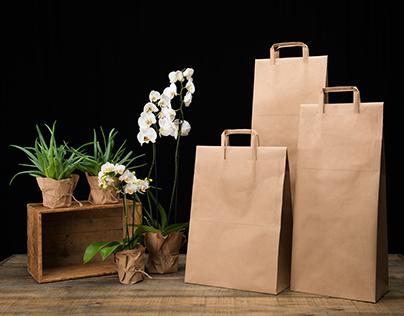 Resealable paper bag