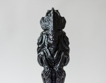 Relict - alien collectible statue