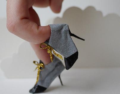miniatures paper shoes