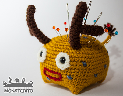 Monsterito | Deer (Cuby collection)