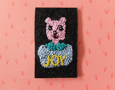 hand embroidery animal patch - pink bear