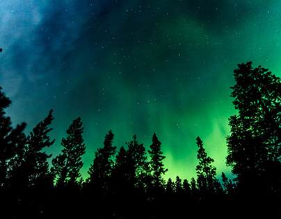 Burning Skies - Northern Lights in the Rocky Mountains