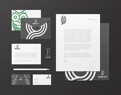Simplify Redovisning - Web Design & Branding