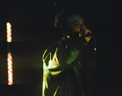 Rocks Foe (Live Performance)
