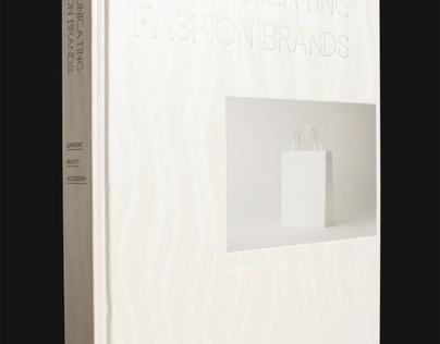 Livro Communicating Fashion Brands