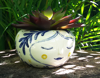 Illustrated ceramic characters