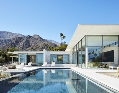 Property with an Infinity Pool