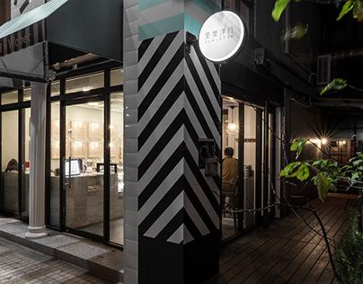 black angel Deco Design / Guan Pin