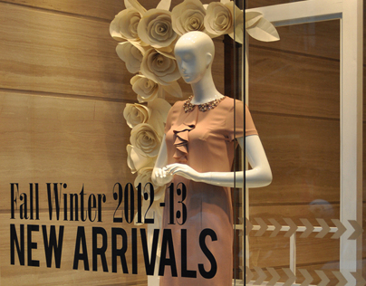Window display for Bonmua Boutique