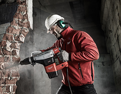 Photo Retouching - Milwaukee Power Tools 2013