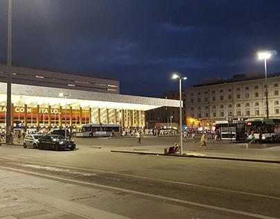 Luci a piazza dei Cinqucento Roma stazione Termini