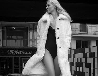 Fashion Model Laura Rabi by Manfred Baumann