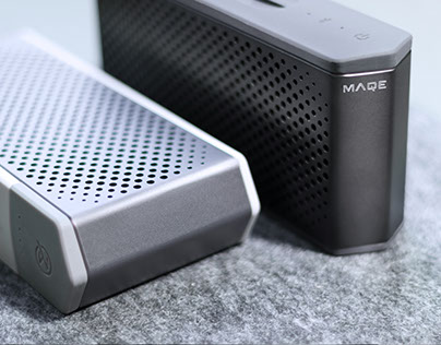 MAQE Soundjump wireless speaker with Magnetic powerbank