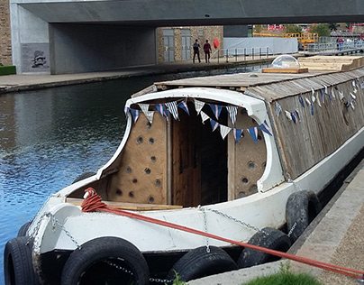 Gaia Gallery Narrowboat