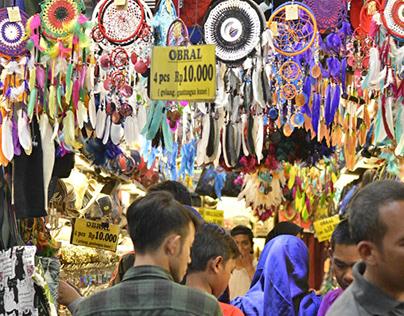 "Street Photo: Yogyakarta on Tuesday ""Wage"""