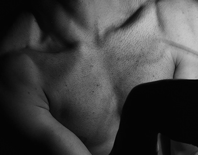 MALE BODY / Photography
