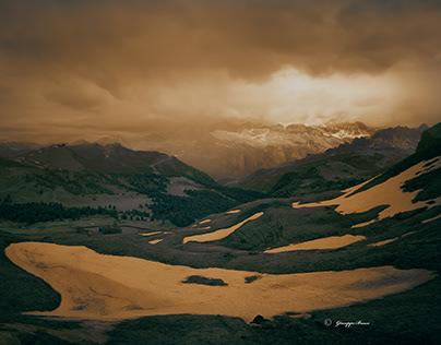 Dolomites interpretations in infrared