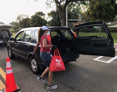 600 People Received Free Food in Drive at Catherine