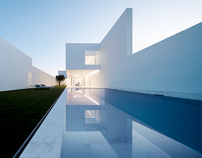 Pati Blau House in Spain by Fran Silvestre Arquitectos