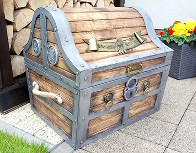 Pirate Look Toy Case