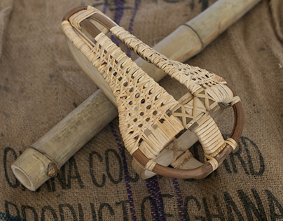 First Bicycle Seat of Bamboo and Rattan!! Ever?