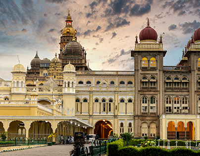 Exploring Mysore Palace in One of India's Historic