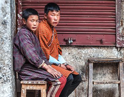 Kindgom of Bhutan - Land of the Thunder Dragon