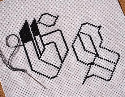 Aculinea Display Typeface