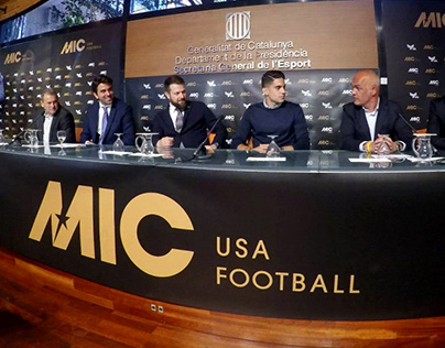 MIC Usa Football