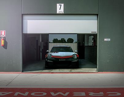 3 Steps - Porsche 911 Composition