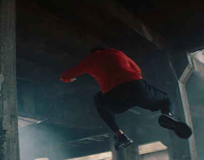 Parkour, Yoga, Dance – Under Armour