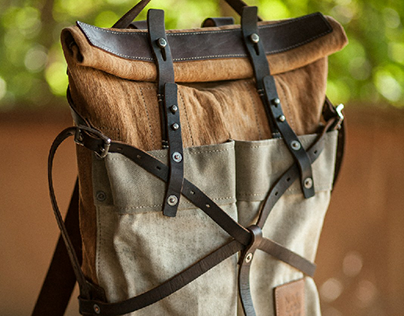 090/2019 cross straps rolltop backpack