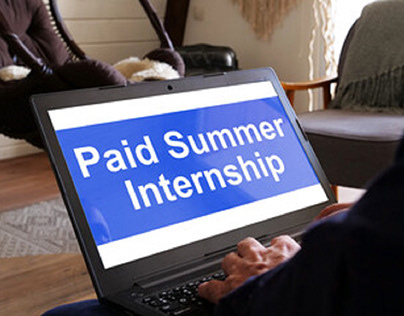 Summer Fellows Pays Youth for Summer Education