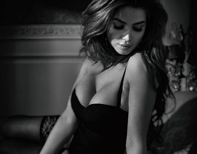 Melissa Alessia- Influencer Model