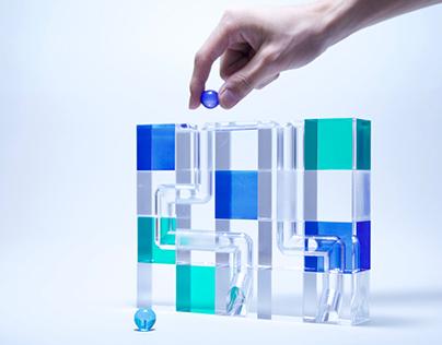 btrail (acrylic block toy)
