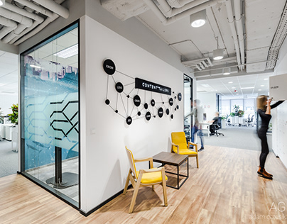 space branding: Ringer Axel Springer Poland office