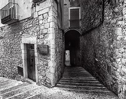 Cúndaro Street. Girona - Catalonia