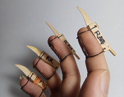 Popsicle Sticks Wooden Claw