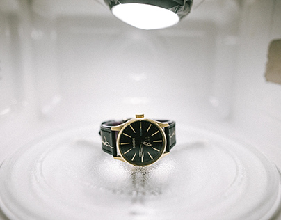 MDCL x NIXON watch